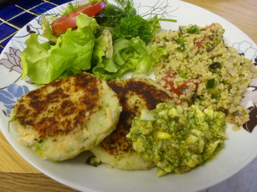 Salmon Fishcakes with tabbouleh, sauce grib-ish and a green salad